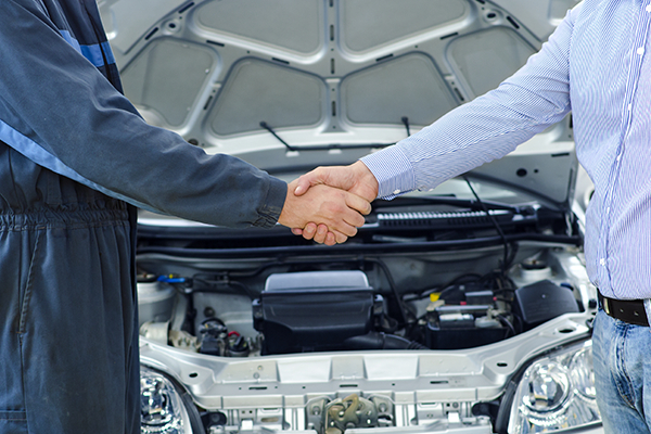 we always provide best auto collision repair service for client